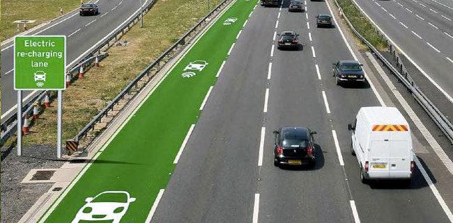 Avtocesta prihodnosti: E-vozila se bodo polnila med vožnjo.