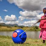 Hippo Roller pomaga ljudem v Afriki